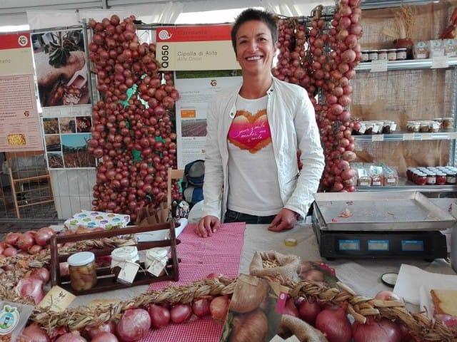 Si può vivere di sole cipolle, la bella storia imprenditoriale di Antonietta Melillo