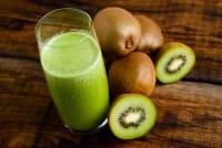 Centrifugato di kiwi, la ricetta di un rimedio naturale perfetto per prevenire il raffreddore