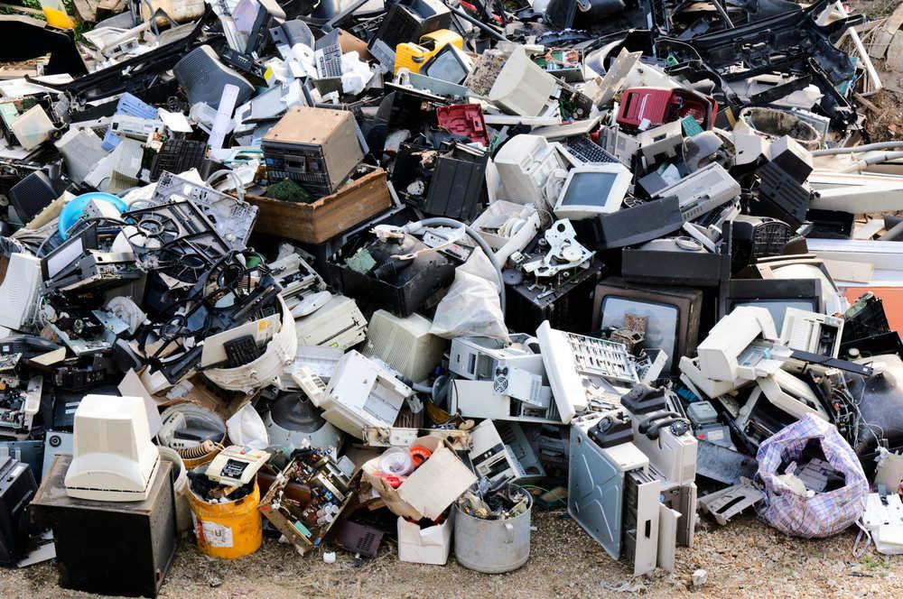 Come smaltire al meglio i rifiuti elettronici - Non sprecare