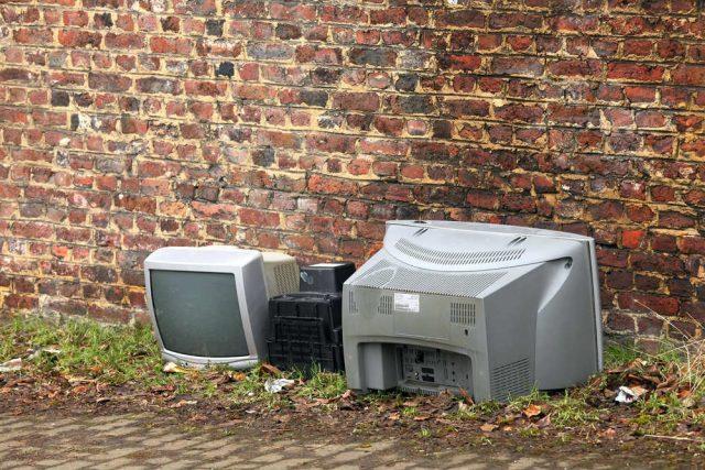 rifiuti elettronici come smaltirli in modo corretto