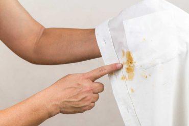 come togliere le macchie dai tessuti in modo naturale e low cost