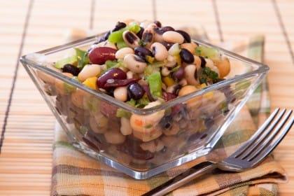 Insalata di fagioli, una ricetta sana e nutriente, ottima anche come piatto unico