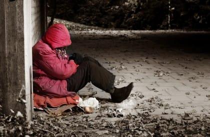iniziative per aiutare i poveri