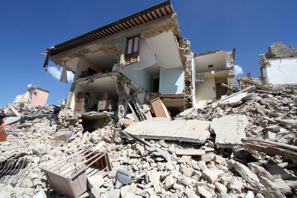 piano per prevenire alluvioni e terremoti
