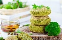 Polpette di broccoli, la ricetta di un antipasto ricco di proprietà importanti per la salute