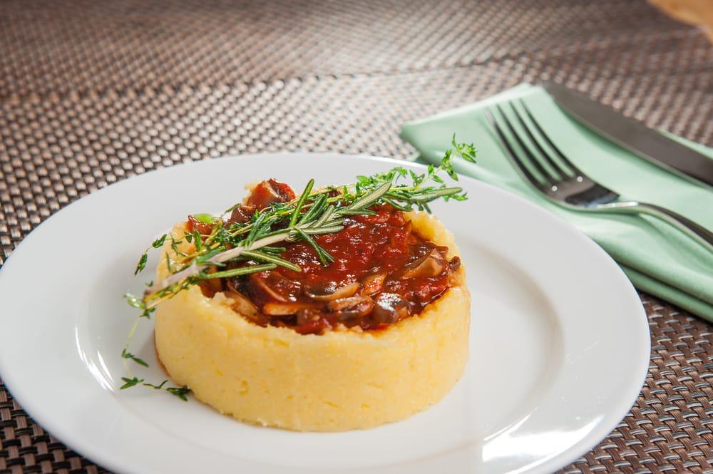 ricetta tortino di polenta e funghi