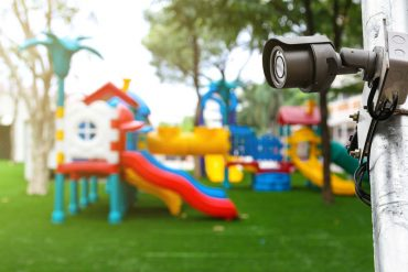 telecamere negli asili