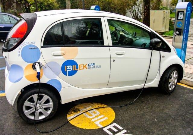 Le migliori auto elettriche sul mercato (foto). Avanzano i nuovi modelli, e scendono i prezzi