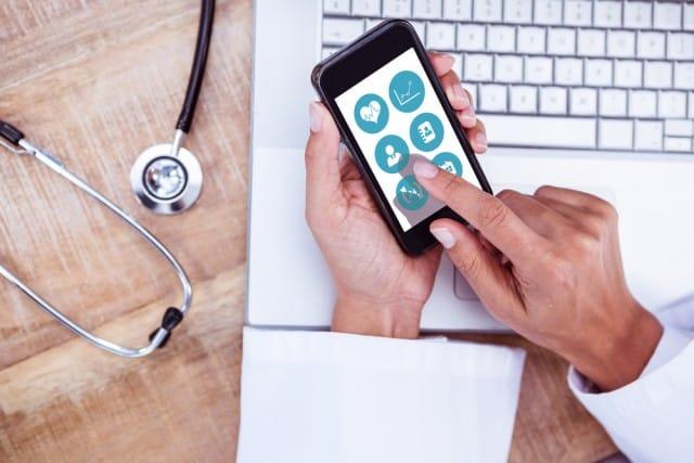 """Consulti medici a portata di smartphone? Ora è possibile con l'app """"Babylon Health"""""""