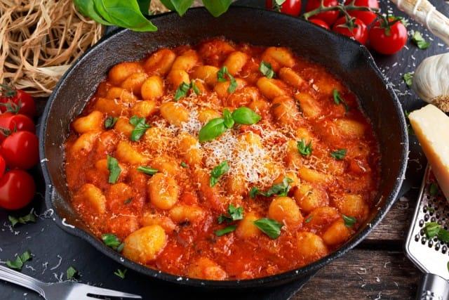 Gnocchi di ceci, una ricetta nutriente e sana per fare il pieno di proteine vegetali