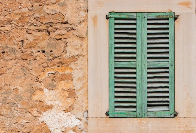 Vecchie finestre, come riciclarle quando non le usiamo più nella nostra casa (Foto)