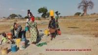 Pozzi e acquedotti in Africa realizzati grazie ai tappi riciclati in Italia (foto)