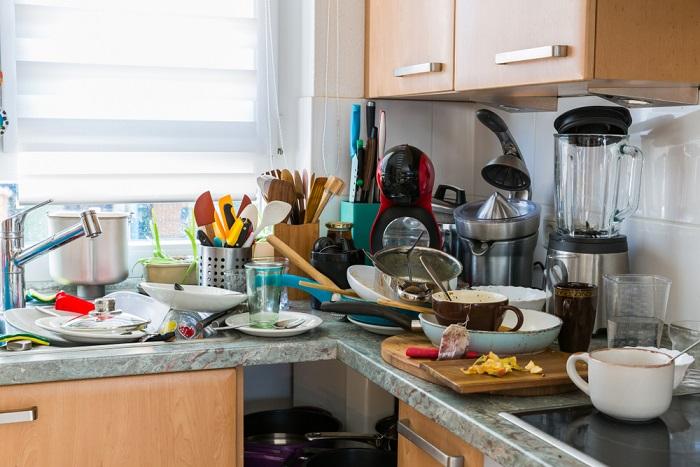 Come tenere la casa in ordine senza ossessioni. Il disordine è spreco: peggiora l'umore e vi ingrassa
