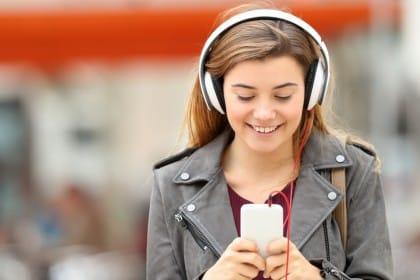 rapporto dei giovani con la tecnologia