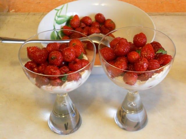 ricetta-dessert-frutti-rossi-panna (8)