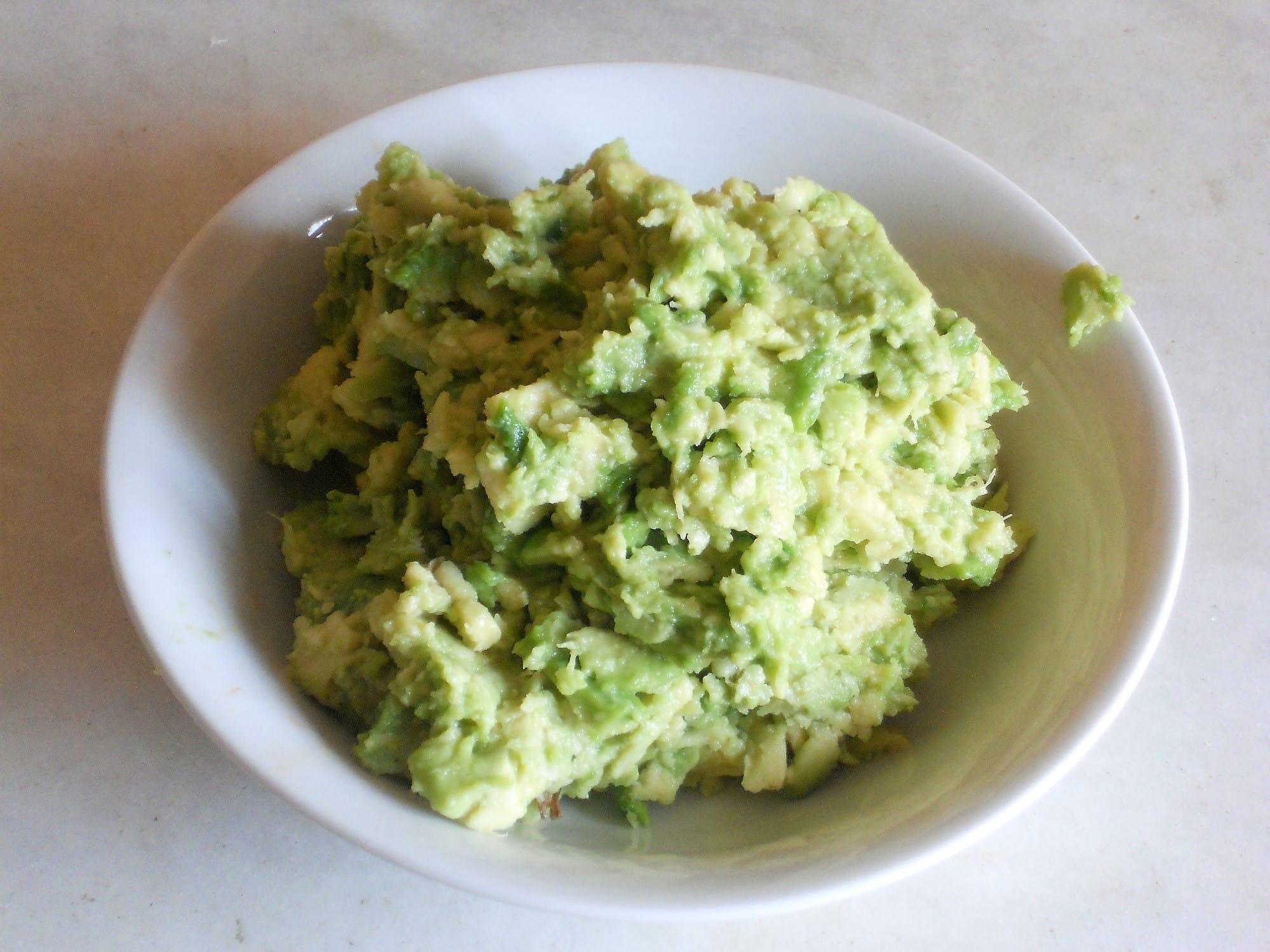 ricetta pasta con pesto di avocado non sprecare