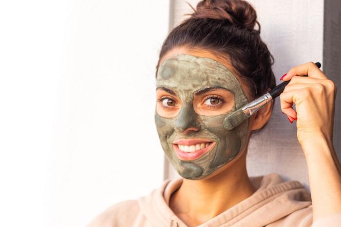 maschera fai da te con l'argilla verde