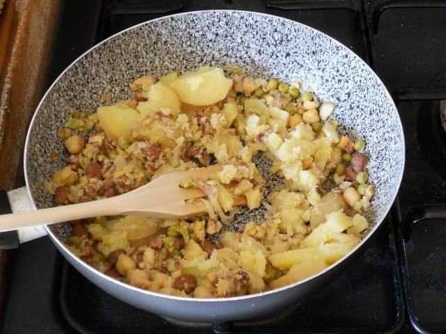 ricetta-burger-patate-legumi-foto (6)