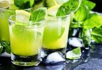 Sciroppo al basilico, la ricetta perfetta per combattere tosse e mal di gola, anche in estate