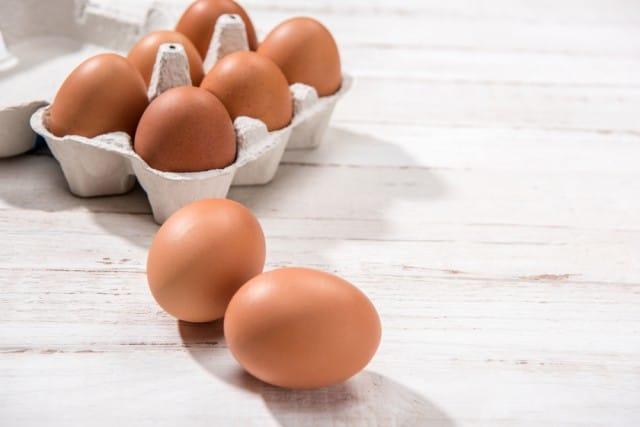 Uova contaminate, diversi casi in Italia. Ma il ministro non diceva che siamo al sicuro?