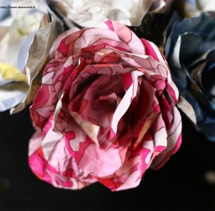 come-realizzare-fiori-carta-tutorial-costo-zero (1)