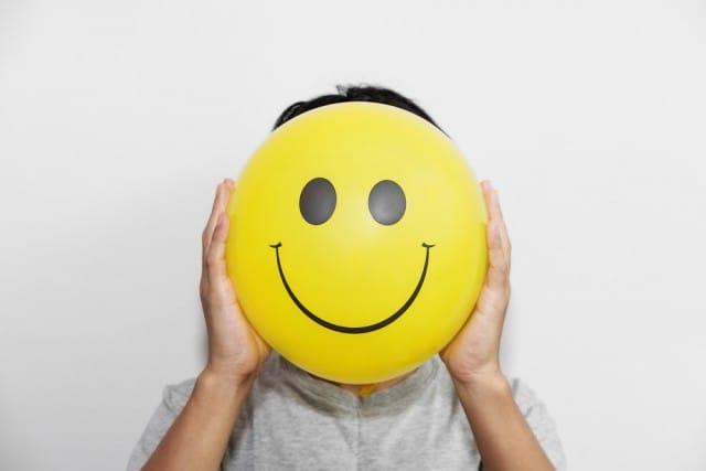 Sorridete spesso, non costa nulla. Ma un sorriso regala tanto a tutti