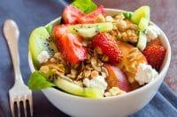 Insalata di frutta, la migliore ricetta per un piatto che potete servire sempre