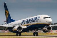 Ryanair e i voli cancellati, si al low cost. Ma no ai lavoratori spremuti come limoni