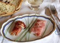 Involtini di prosciutto e mozzarella, una ricetta nutriente, perfetta per non sprecare gli avanzi
