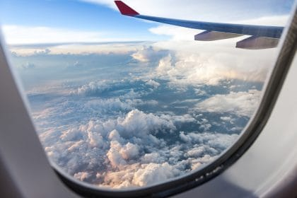 consigli per viaggiare in aereo