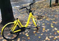 Incivili in bicicletta, così uccidono l'economia delle due ruote. E la nuova mobilità in città (foto)