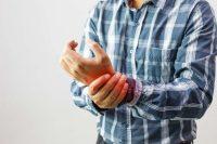Artrite, no a pillole e trattamenti che promettono miracoli. Sì ai rimedi naturali