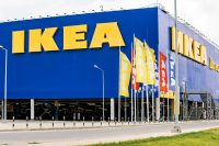 Ikea scopre il riciclo: ritira i mobili usati pagando con buoni per nuovi acquisti. E se facessimo da soli?