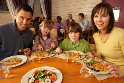 bambini al ristorante