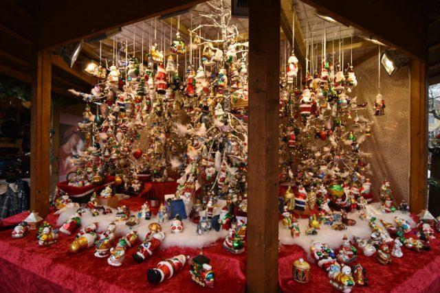 10 Regali Di Natale Piu Belli.Mercatini Di Natale In Italia Non Sprecare