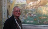 Mohamed, 70 anni, siriano, guida i turisti a visitare i monumenti di Milano