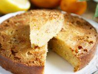 Una torta squisita e sana. Ideale per tutta la famiglia. Ingrediente distintivo: la polenta