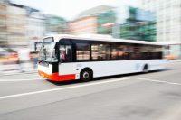 Germania, bus e tram gratuiti contro lo smog. E in Italia? Abbiamo i mezzi più inquinanti d'Europa