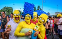 Costumi di Carnevale fai-da-te, preparateli con abiti che non indossate più. O con scatole di cartone (foto)