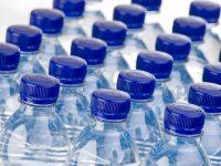 Bottigliette di plastica, si allunga la lista dei paesi dove ti pagano se le restituisci