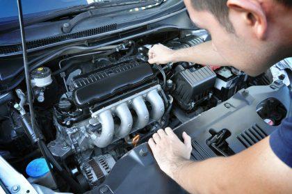 Come funziona il motore di un'auto: cosa sapere. E le differenze tra diesel ed elettrico