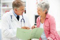 Menopausa: i rimedi naturali per alleviare vampate e sintomi fastidiosi