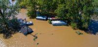Rifugiati climatici: 15 milioni di persone in fuga da disastri naturali