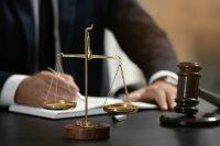 Auto blu, ma i giudici della Corte costituzionale sono al di sopra della legge? E possono autoassolversi?