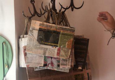 buste con carta di giornale