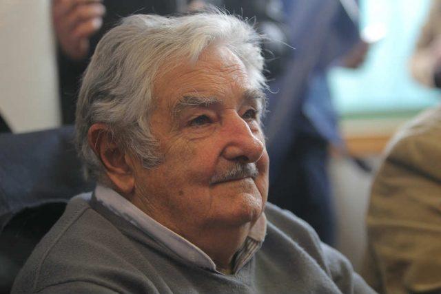 esempio di buona politica mujica