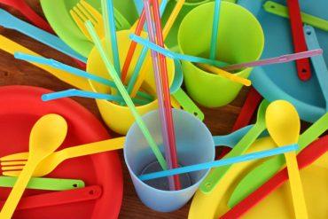 legge per il trattamento dei rifiuti di plastica