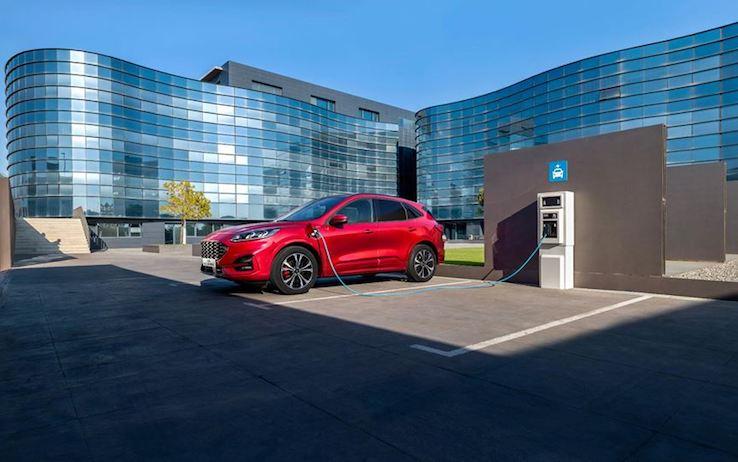 Auto ibride, i migliori modelli sul mercato. I prezzi più convenienti, e le diverse prestazioni