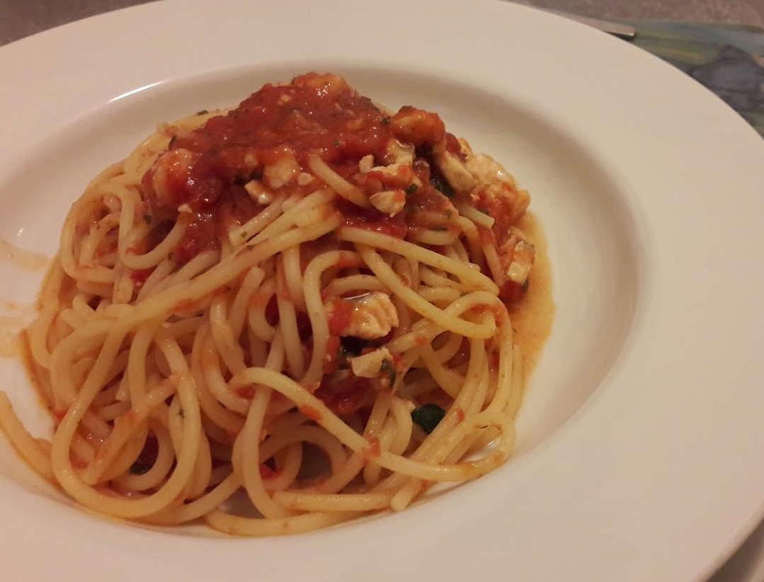 ricetta spaghetti con sugo di gallinella