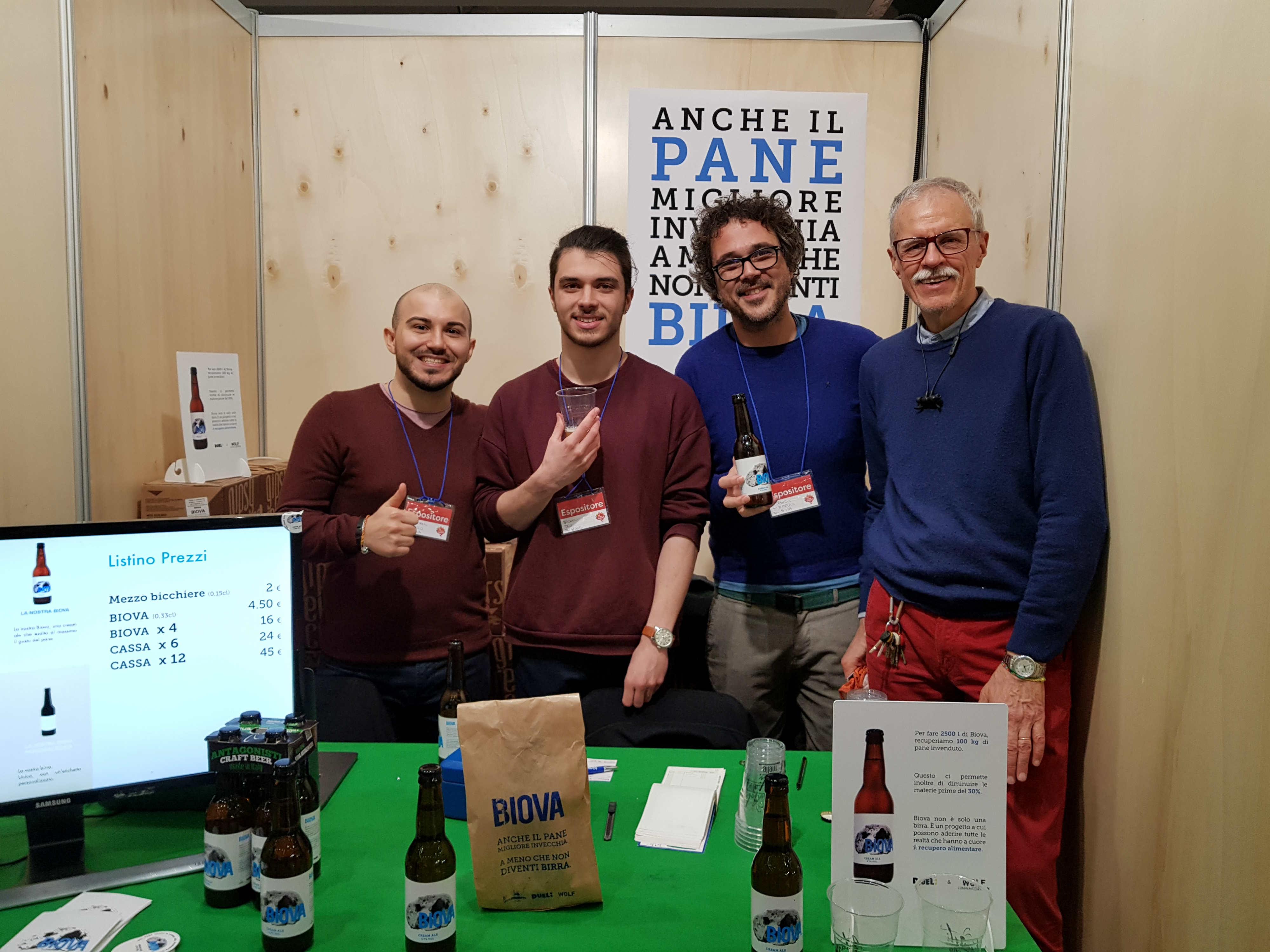 Trasformare il pane invenduto in birra: l'idea di Franco, Emanuela e Gianni per combattere gli sprechi alimentari